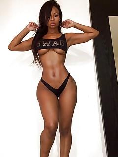 Black Babes Pics