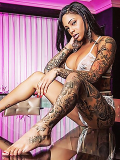 Black Tattooed Pics